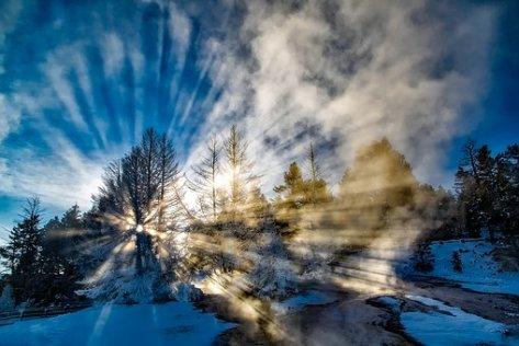 sun-rays-1721525__340